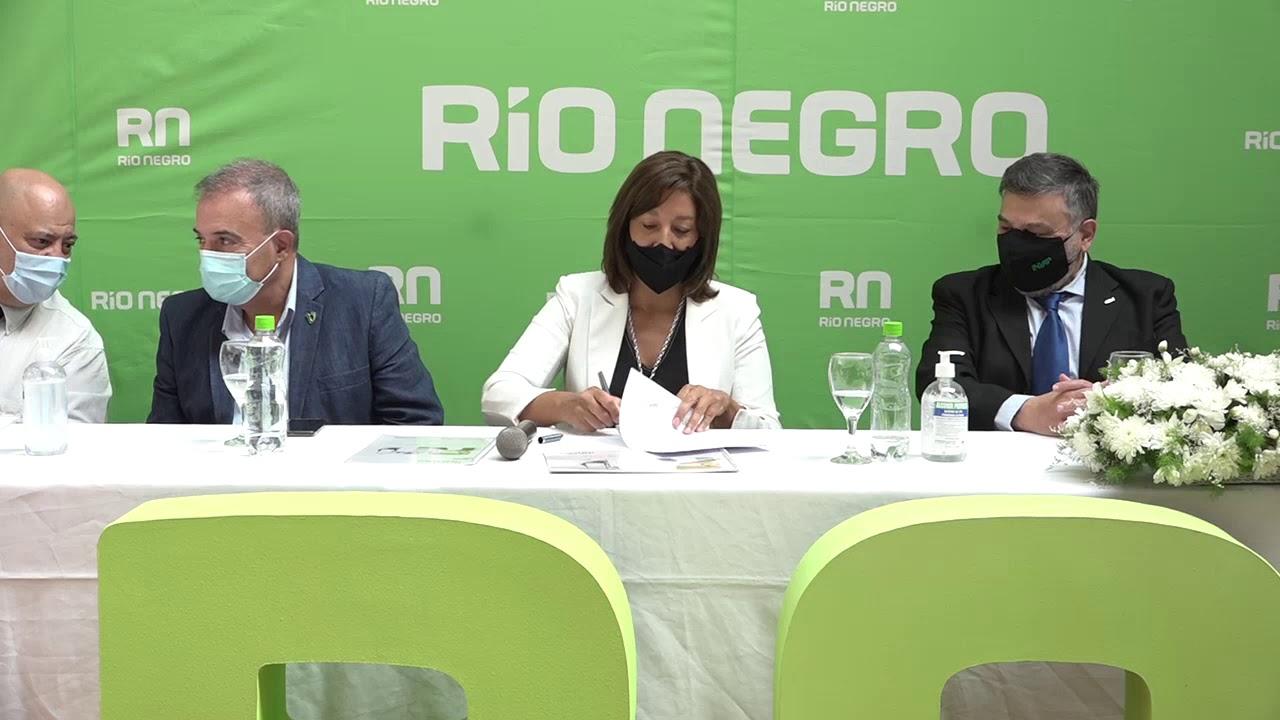 Río Negro firma convenio para mejorar la accesibilidad a los servicios de las obras sociales