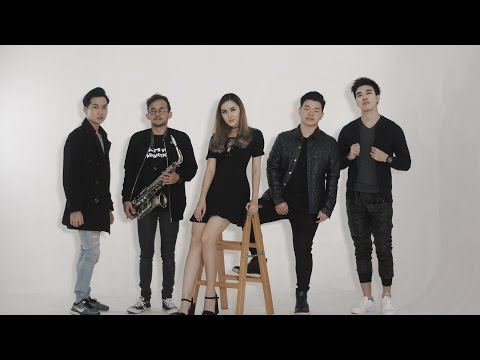 CHANDRA LIOW - GAPAPA JELEK YANG PENTING SOMBONG (ACOUSTIC COVER BY ECLAT & CHRISTIAN AMA)