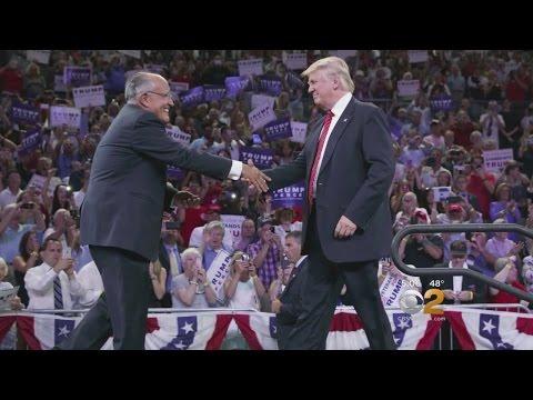 Trump Assembles Top Advisors