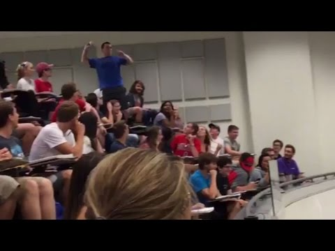 Ohio State Bro Makes IMPOSSIBLE PAPER SHOT! | What's Trending Now
