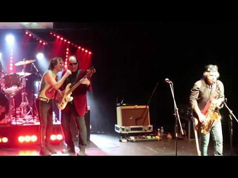 Rolling Stones Tribute Hot Rocks perform Honky Tonk Women at Pheasant Run Theater