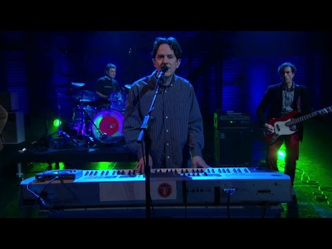They Might Be Giants - Answer - live on Conan - 05/06/2015