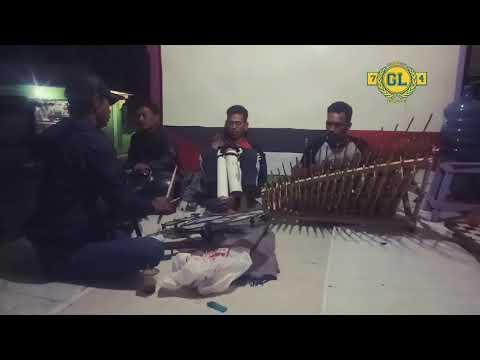 Angklung Sholawat Eman Temen Ora Sembahyang
