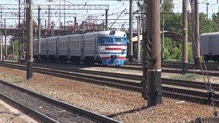 Видео для детей про поезда / Электричка