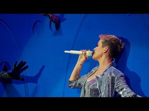 Katy Perry - Chained To The Rhythm (Radio 1's Big Weekend 20
