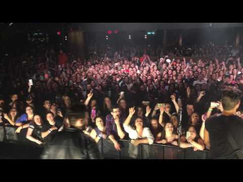 Dan + Shay  How Not To Crowd Singing in Jersey