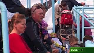 Александр Богомаз распорядился выделить деньги на приобретения спортэкипировки для детских футбольны