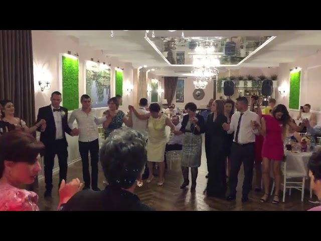 Event StiLL Romania - Hora Mare de la Nunta