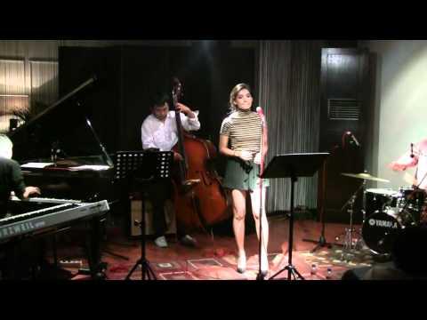 Monita Tahalea - Di Batas Mimpi @ Mostly Jazz 20/10/11 [HD]