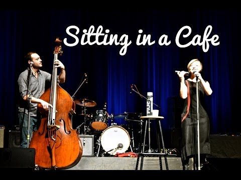 """Heather Rankin sings """"Sitting in a Café"""" at the 2017 Groundswell Music Festival"""