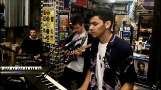 Jamie Isaac in-store at Banquet Records
