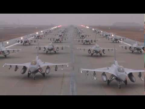 F-16 Elephant Walk At Kunsan Air Base - Fighter Jets Line Up On Runway