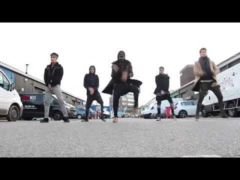 CNCO dancing on the Streets of London ♥