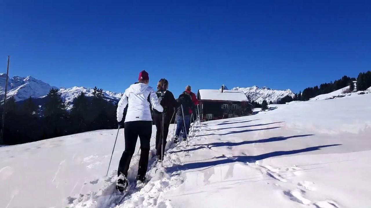 Schneeschuhwandern Mit Dem Claudia Zudrell Der Chefin Des Hotel Fernblick Im Montafon