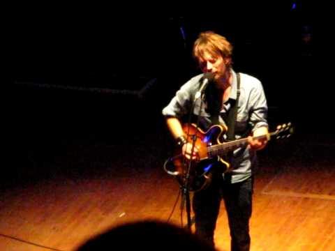 Radiohead lotus free mp3 songs download emp3e thom yorke lotus flower at the orpheum theater los angeles ca 10 04 09 mightylinksfo Gallery