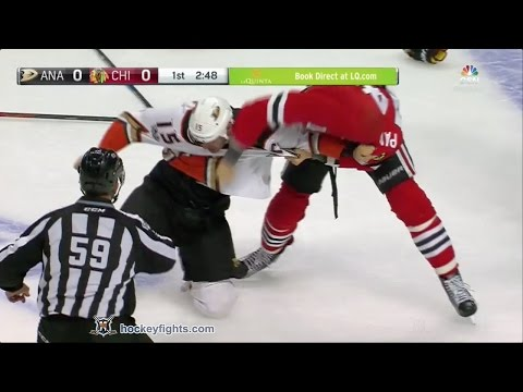 Ryan Getzlaf vs Richard Panik Mar 9, 2017