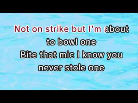 Red Hot Chili Peppers - By The Way (Karaoke and Lyrics Version)