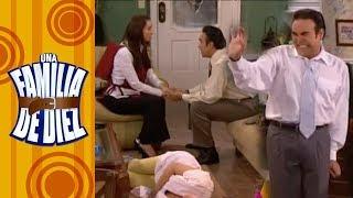 Una familia de Diez - C-11: ¡El padre de la Nena regresa! | Televisa