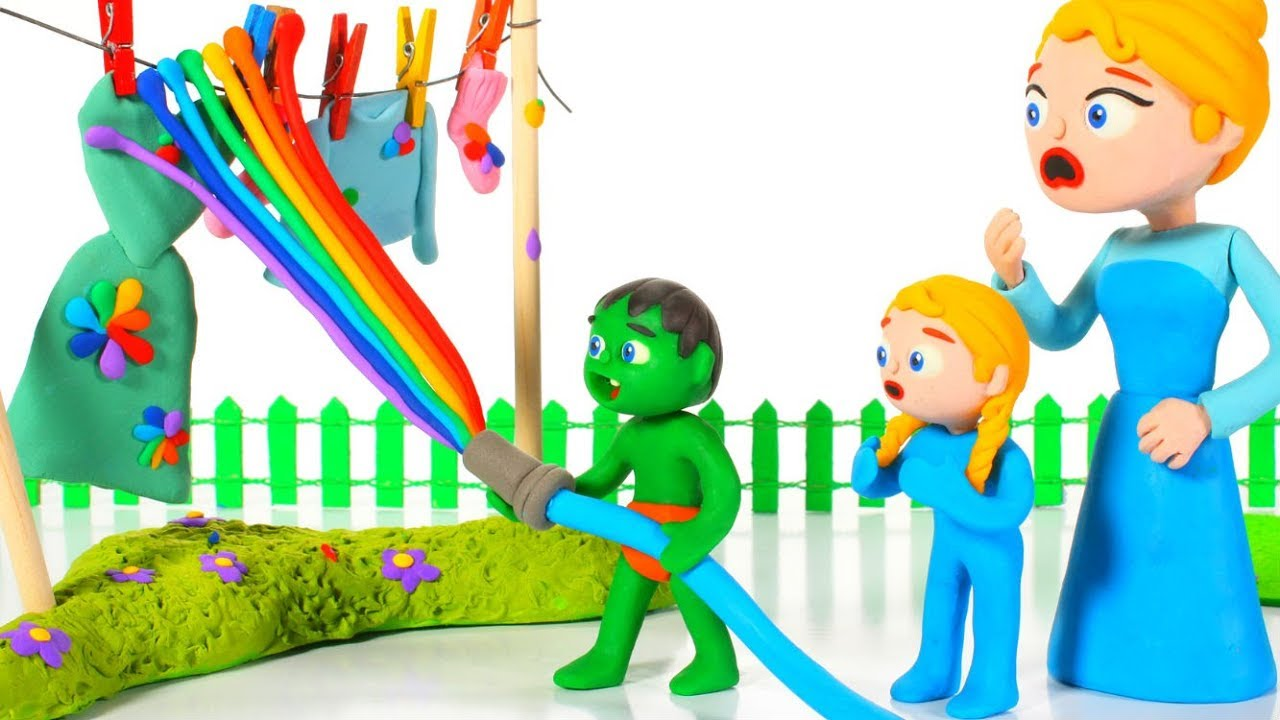 SUPERHERO BABIES MAKE RAINBOW COLOR WATER ❤ SUPERHERO PLAY DOH CARTOONS FOR KIDS