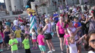 move it shake it dance and play it street party 5 45pm 4 10 2017