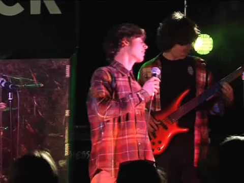 Rockband09  Rhoca Gil