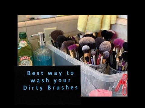 How To Clean Makeup Brushes, Fast and Efficiently