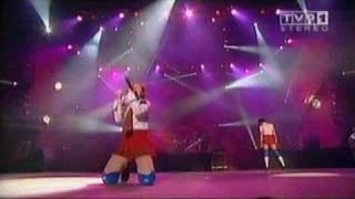 t.A.T.u. Live - Ya Soshla S Uma (Poland)
