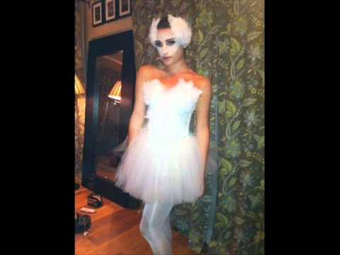 Perfect Glee Cast Halloween Costumes 2011