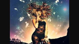 Bad Dog (Official Live Instrumental) - Neon Hitch + DOWNLOAD