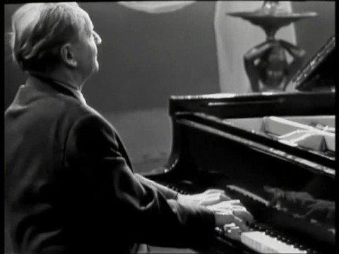 Wilhelm Kempff plays Schumann's Arabesque