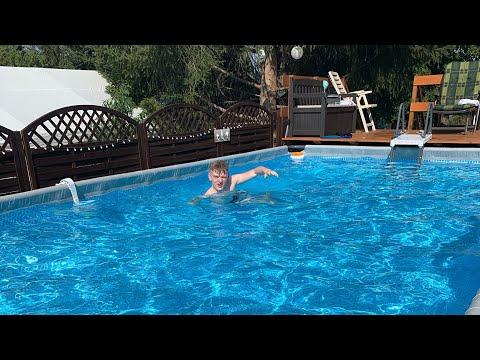 intex-ultra-xtr-frame-pool-with-terrace