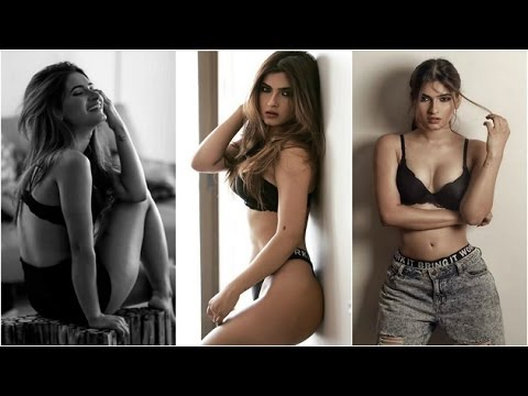 'Yeh Hai Mohabbatein' actress goes hot & sexy for photoshoot