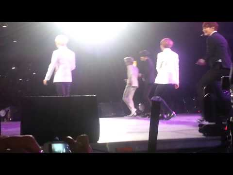 [Fancam] SHINee en Chile - Hello