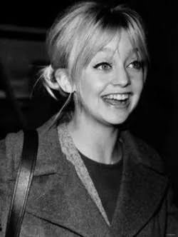20 Pictures Of Young Goldie Hawn Youtube