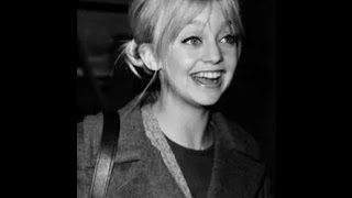 Young Goldie Hawn Pictures