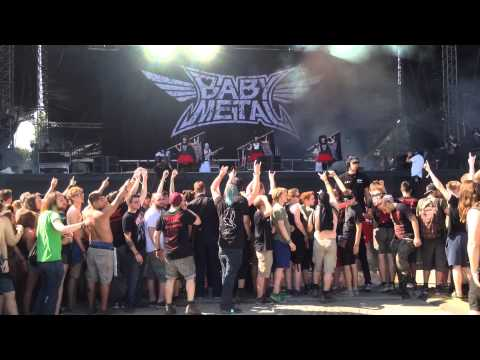 BABYMETAL@Rock in Vienna - Road of Resistance - Circle Pit
