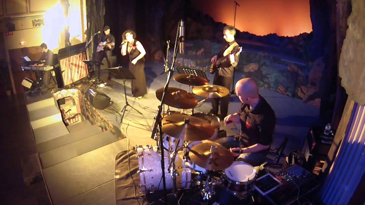 7 richard castillo drummer la marat band m s que paraules m s que palabras youtube - Mes que paraules tinto ...