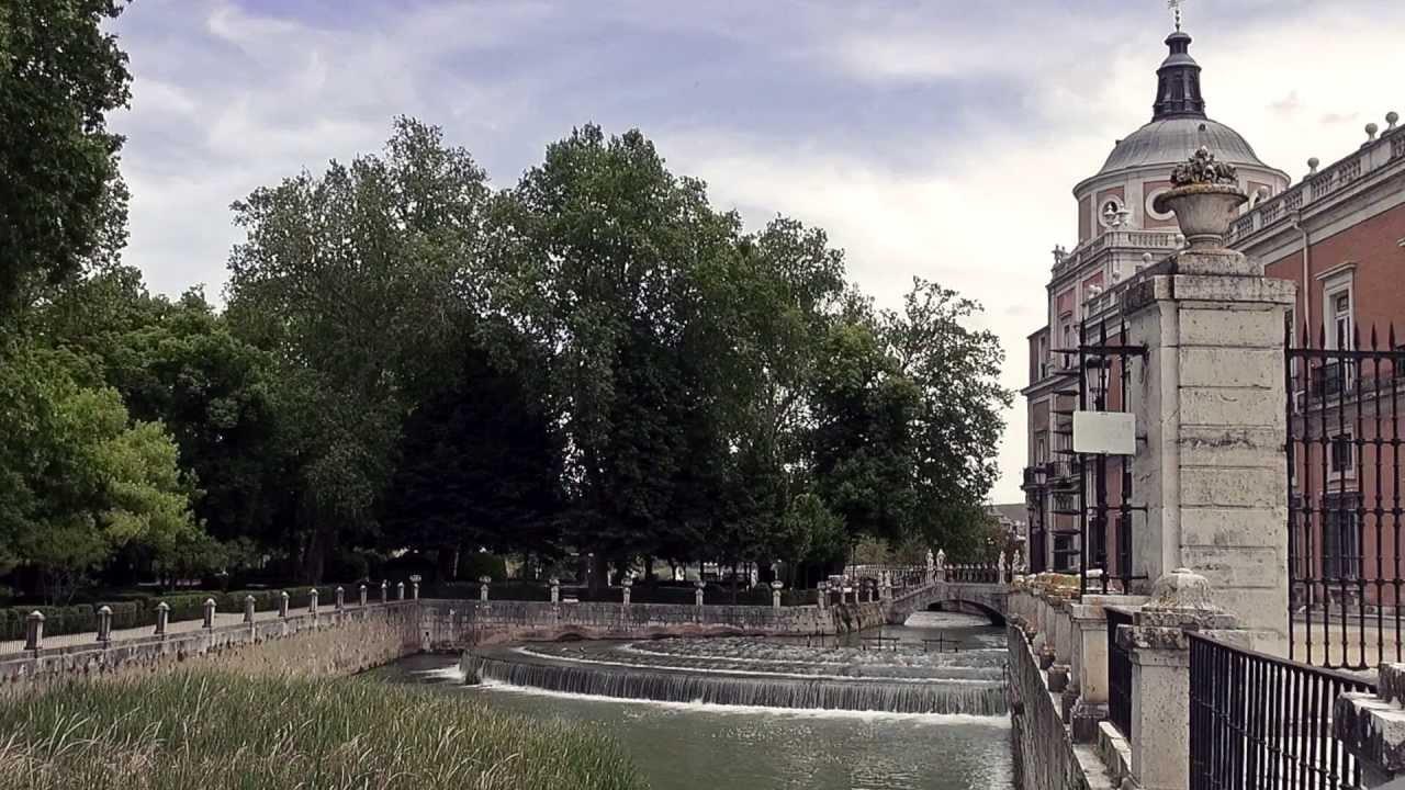 Aranjuez palacio y jardines de la isla youtube for Jardines de aranjuez horario