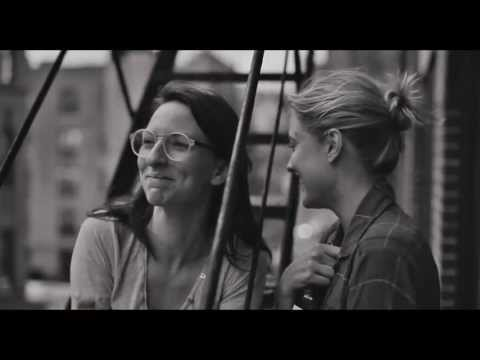 Frances Ha Trailer: