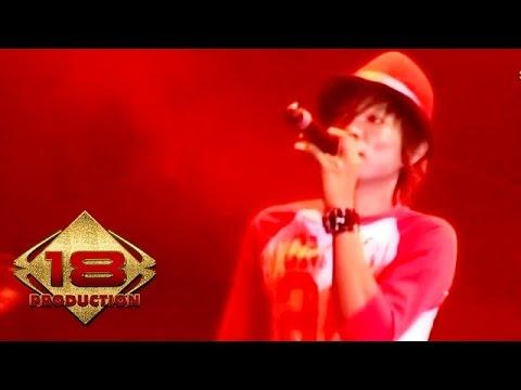 Kangen Band - Tentang Bintang (Live Konser Gresik 7 September 2007)