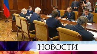 видео Медведев: правительство продолжит поддерживать автопром