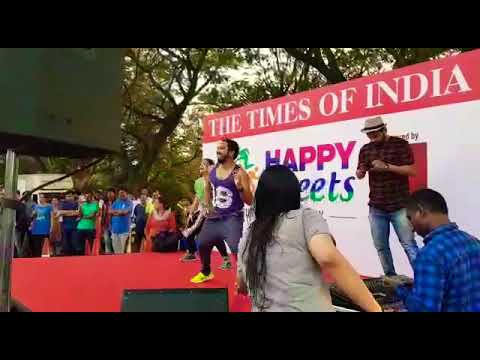 Happy Street - Bollywood - Zumba - Pyaar Ka Signal