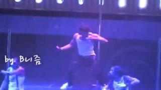 RAIN钢管舞 MBC 第7届韩国电影节 饭拍版 08 12 04  音悦台