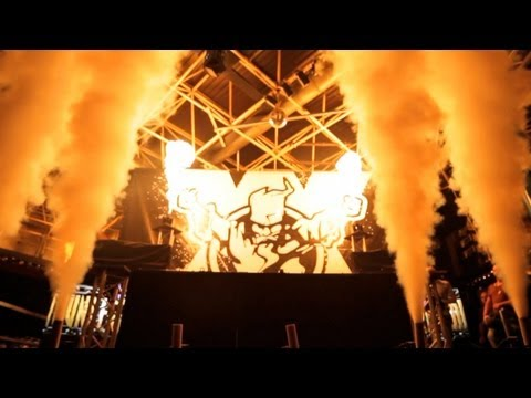 Thunderdome XX Tour Italy - Aftermovie (13-10-2012)