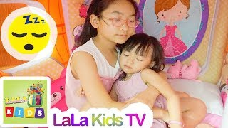 Lullaby Song from Sister to little Baby