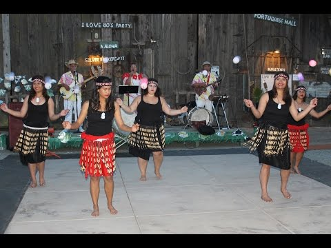 Trad. Maori Songs & Poi Ball Dances