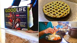 Preparing Meat pie | What's inside the box ?
