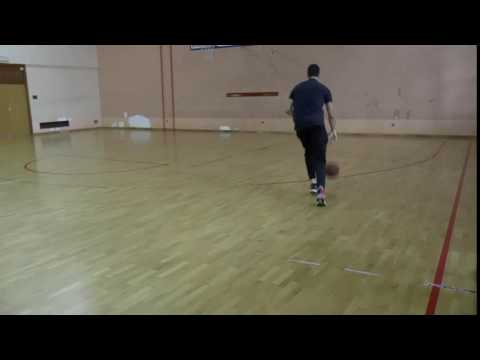 Dijagonalno zaustavljanje nakon vođenja lopte - desna strana