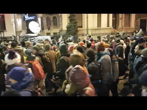 50.000 de protestatari huiduie Antena 3