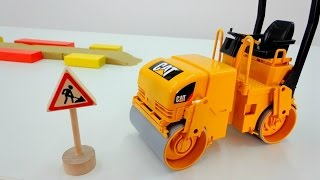 Wir packen Spielzeug aus - Die Straßenwalze - Auf der Baustelle